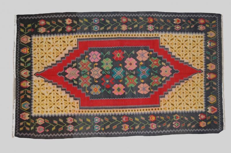 Tappeti Kilim Antichi : Origini tappeti tappeti antichi a verona prodotti kilim vecchi